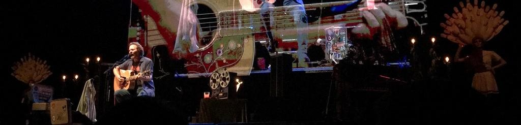 Eddie Vedder with Glen Hansard – Mitsubishi Electric Halle | Düsseldorf, 30.Juni2019